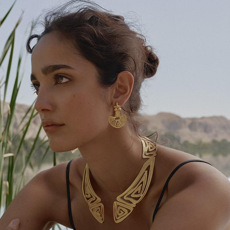 Sulla Luna Gold Earrings