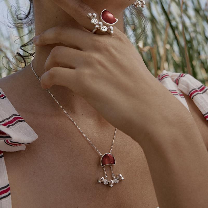 MezaLuna Necklace